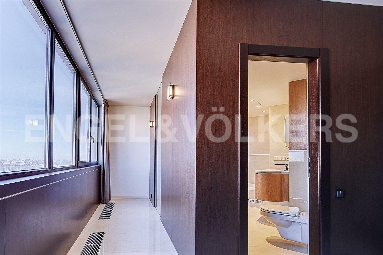 Элитные квартиры в Других районах области. Санкт-Петербург, Приморский пр., 137. Ванная комната в приватной части квартиры
