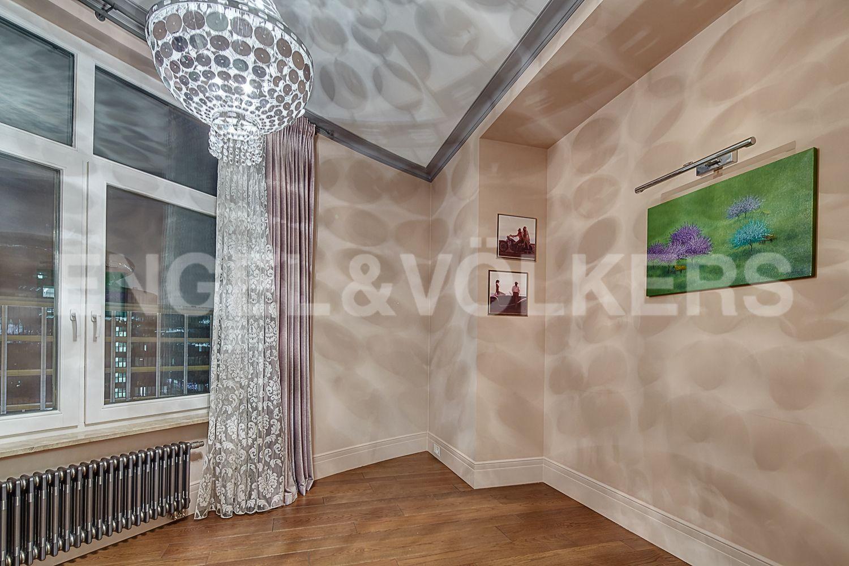 Элитные квартиры в Центральном районе. Санкт-Петербург, Кирочная, 64. Гостевая комната