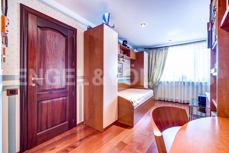 Элитные квартиры в Центральном районе. Санкт-Петербург, Конная, 13. Третья спальня с собственной ванной комнатой