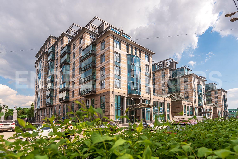 Элитные квартиры в Центральном районе. Санкт-Петербург, Кирочная, 64. Элитный комплекс на Кирочной улице
