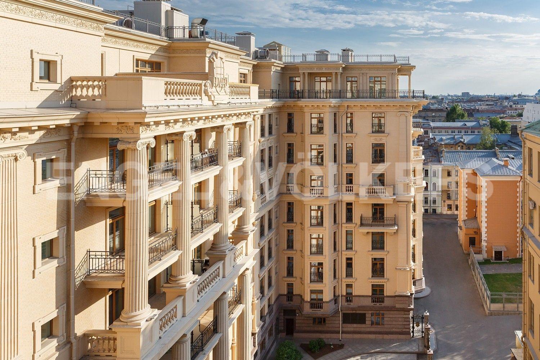 Элитные квартиры в Центральном районе. Санкт-Петербург, наб. реки Фонтанки, 76, корп. 2. Фасад