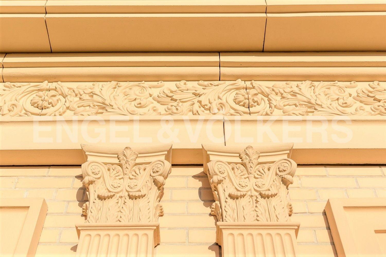 Элитные квартиры в Центральном районе. Санкт-Петербург, наб. реки Фонтанки, 76, корп. 2. Пентхаус элементы фасада