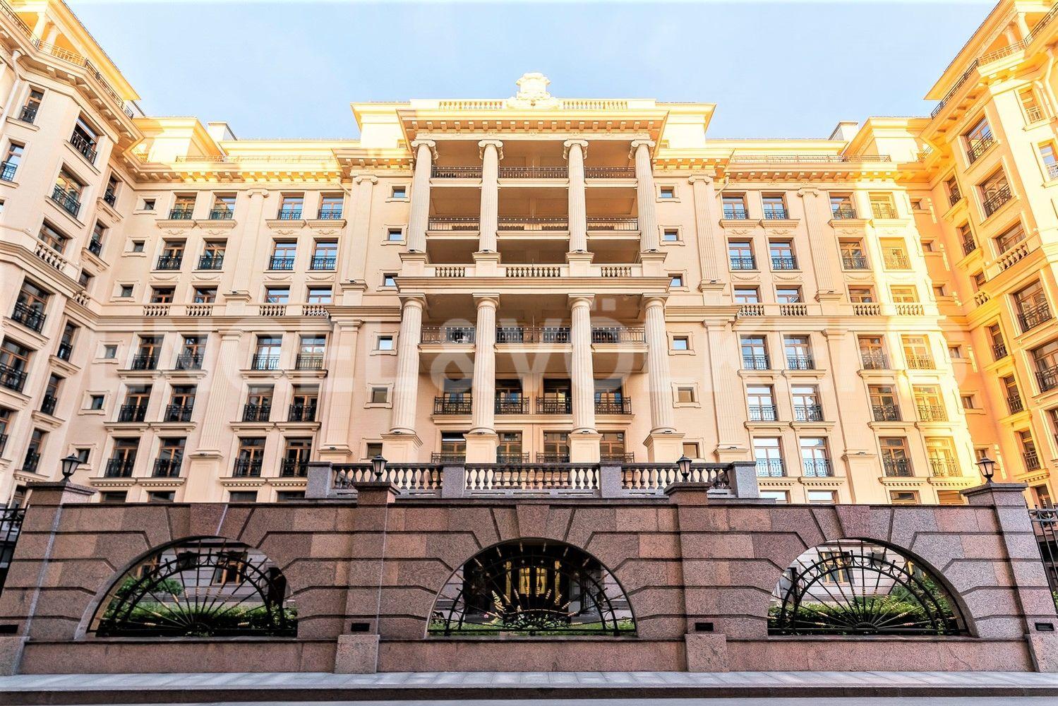 Элитные квартиры в Центральном районе. Санкт-Петербург, наб. реки Фонтанки, 76, корп. 2. Центральный фасад