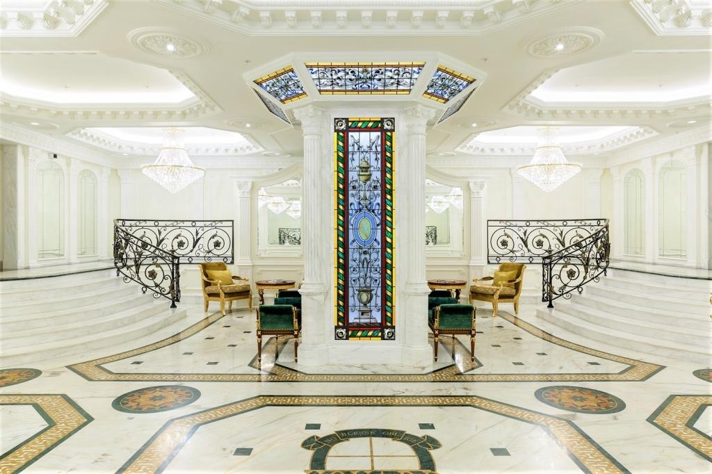 «Фонтанка, 76»  (ex-Hovard Palace) – клубный дом в «золотом треугольнике» Петербурга