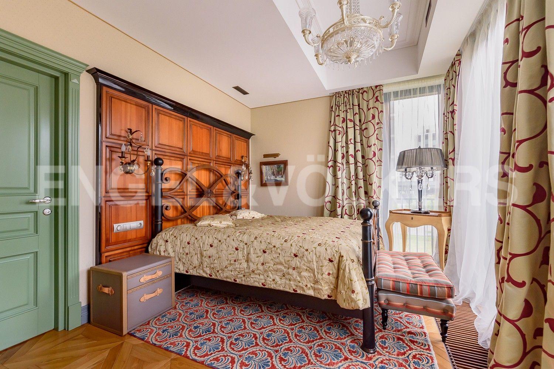 Элитные квартиры на . Санкт-Петербург, Наб. Мартынова, 62. Мастер-спальня