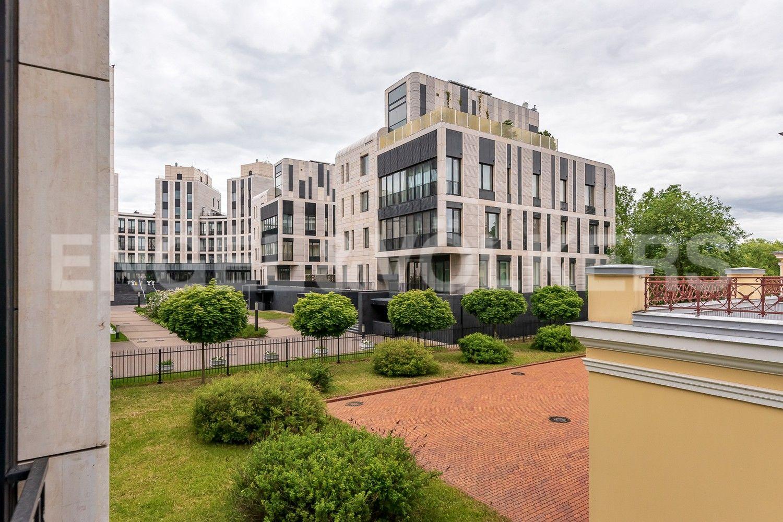 Элитные квартиры на . Санкт-Петербург, Наб. Мартынова, 62. Вид из спальни