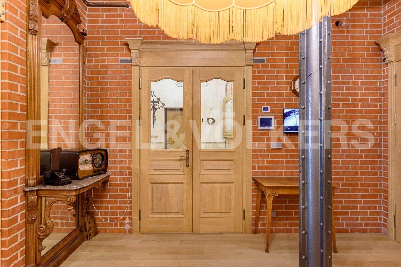 Элитные квартиры в Центральном районе. Санкт-Петербург, Виленский, 15. Холл-прихожая
