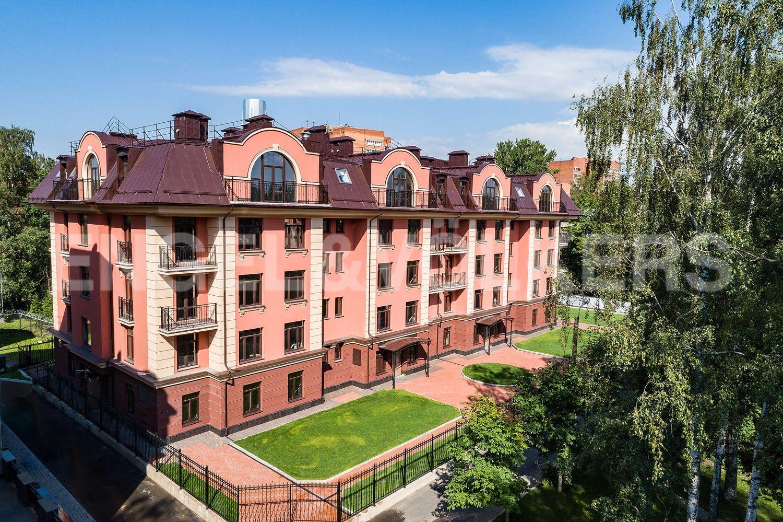 Элитные квартиры в Приморском районе. Санкт-Петербург, Дибуновская улица,  34.