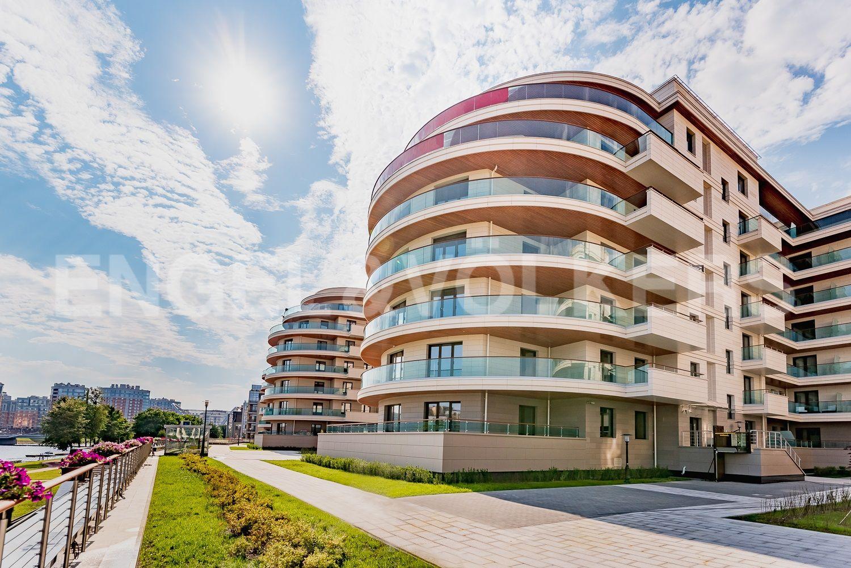 Элитные квартиры на . Санкт-Петербург, ул. Вязовая, 8. Фасад дома