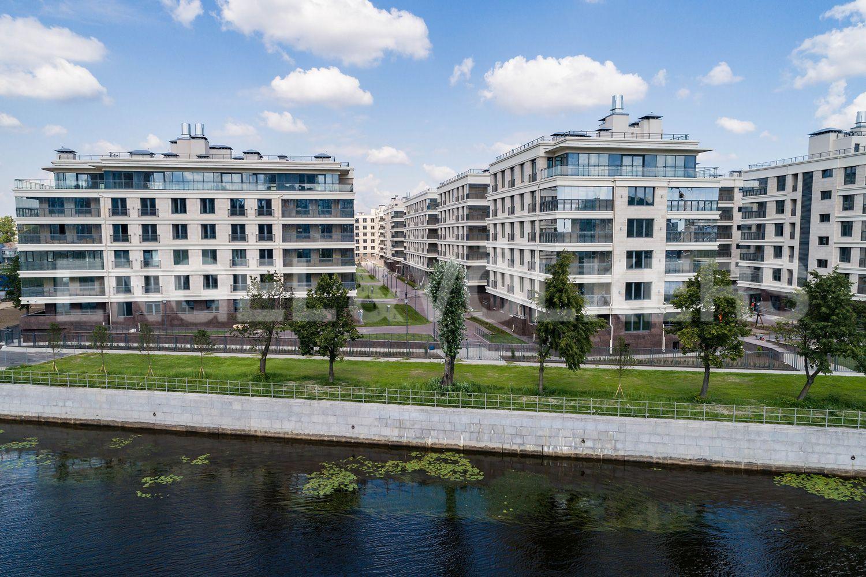 Элитные квартиры на . Санкт-Петербург, Спортивная улица, 2. Вид с Малой Невки
