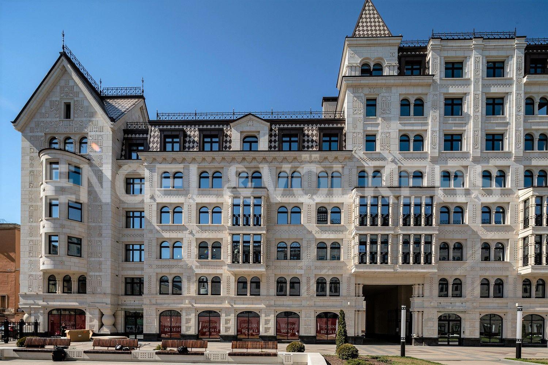 Элитные квартиры в Центральном районе. Санкт-Петербург, Басков пер., 2. Эркеры и балконы