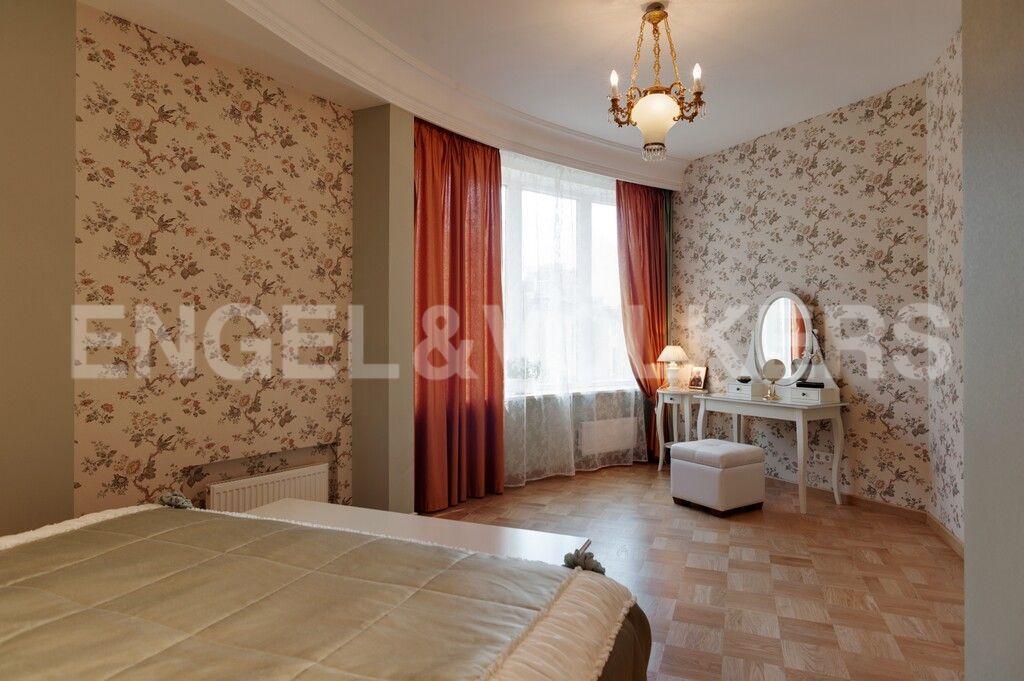 Элитные квартиры в Центральном районе. Санкт-Петербург, Тверская, 1А. Мастер спальня