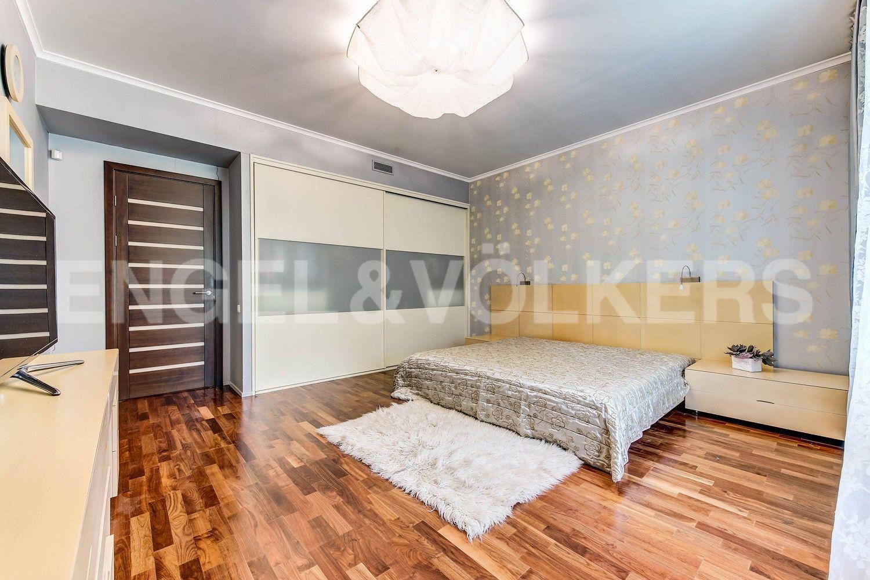 Элитные квартиры в Центральном районе. Санкт-Петербург, Суворовский, 32. Основная спальня