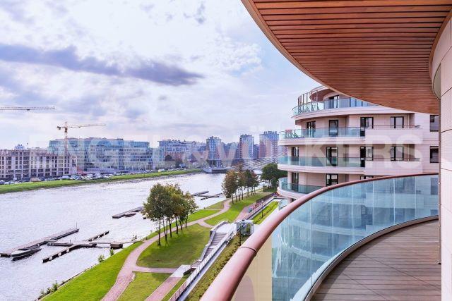 Вязовая, 8 - вид на воду и открытая терраса в ЖК «Привилегия»
