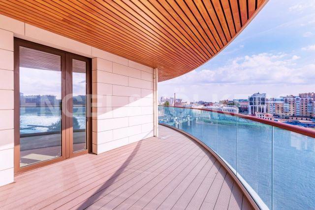 Вязовая, 8 — вид на воду и открытая терраса в ЖК «Привилегия»