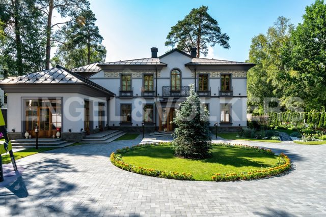 г. Сестрорецк - резиденция на побережье Финского з-ва у Нижнего парка