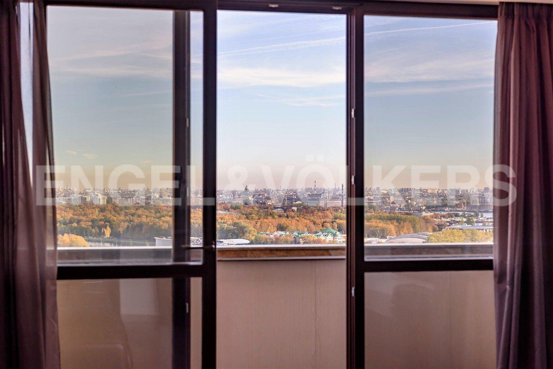 Элитные квартиры в Приморском районе. Санкт-Петербург, Приморский пр., 137. Панорама города на ладони
