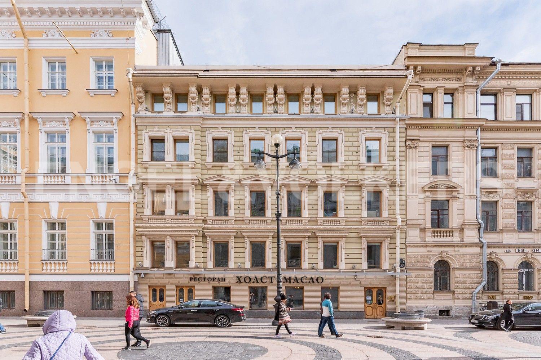 Элитные квартиры в Центральном районе. Санкт-Петербург, Большая Морская, 4. Фасад дома на Б. Морской улице