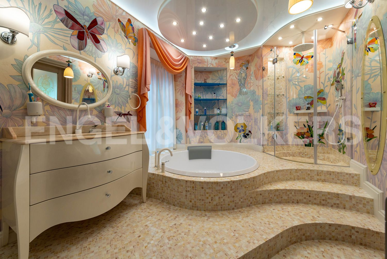 Элитные квартиры в Курортном районе. Санкт-Петербург, г. Сестрорецк, ул. Парковая, д. 44. Детская ванная комната