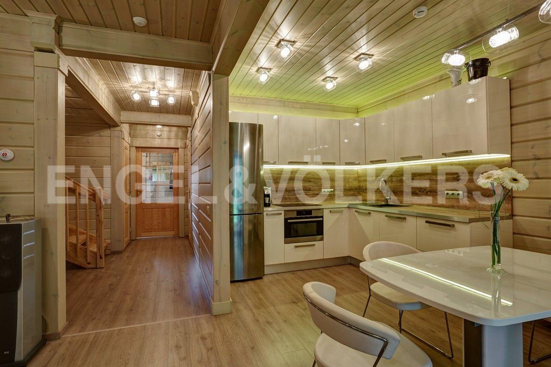 Элитные квартиры в Курортном районе. Санкт-Петербург, п. Репино, Приморское шоссе, д. 412. Зона кухни
