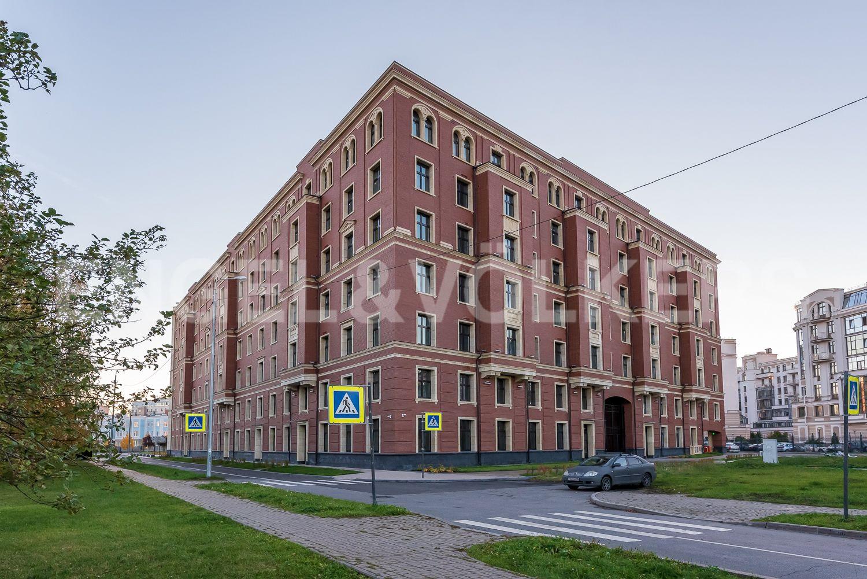 Элитные квартиры на . Санкт-Петербург, Морской пр, 29. Боковые фасады дома
