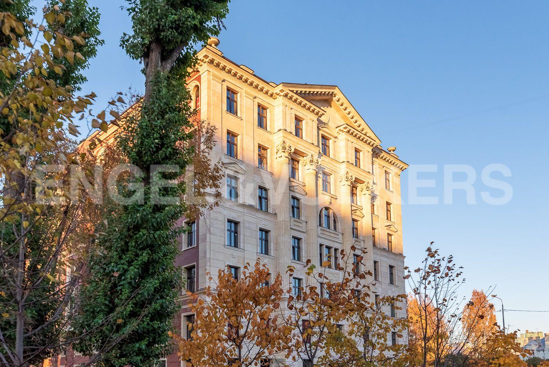 Элитные квартиры на . Санкт-Петербург, Морской пр, 29. Фасад здания