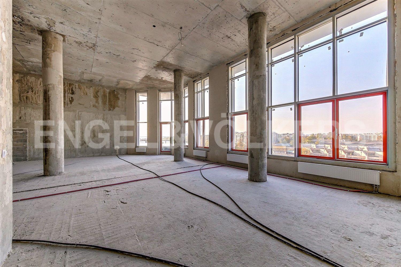 Гостиная с панорамным остеклением пл.96 кв.м.