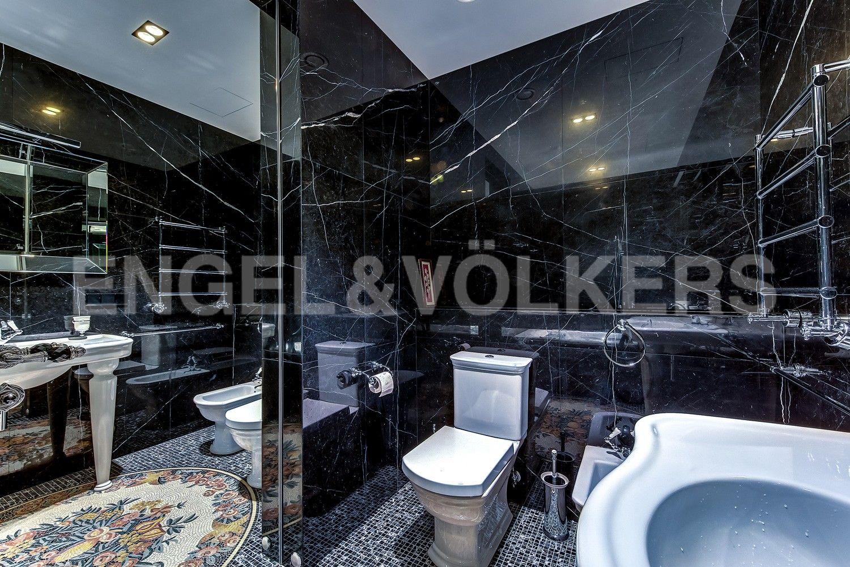 Элитные квартиры в Центральном районе. Санкт-Петербург, Кирочная ул., д.64. Ванная комната