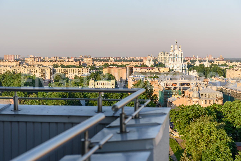 Элитные квартиры в Центральном районе. Санкт-Петербург, Воскресенская наб., 4. Самая высокая жилая точка в окружении