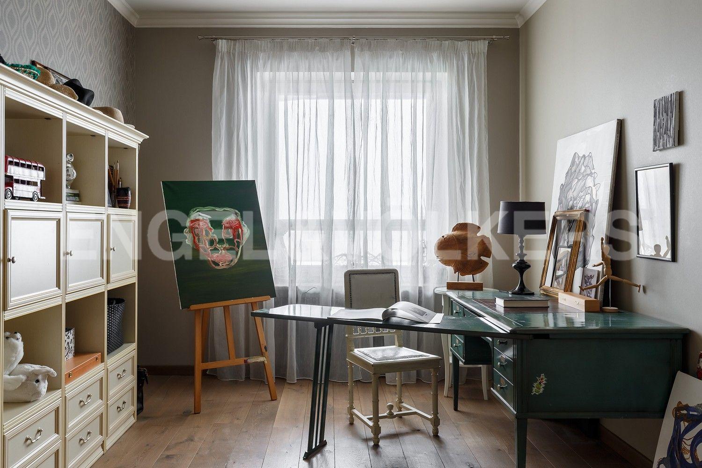 Элитные квартиры в Центральном районе. Санкт-Петербург, Шпалерная, 60. Детская спальня