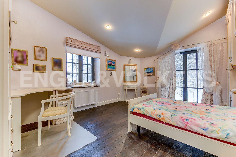 Детская спальня на 2- м этаже
