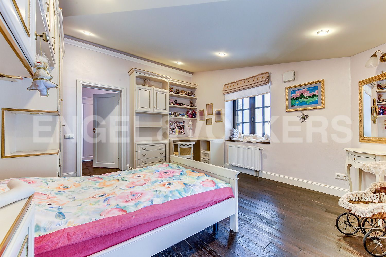 Детская спальня на 2-м этаже