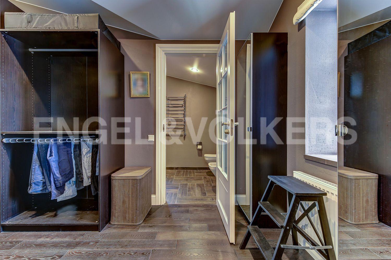 Гардеробная комната на 2-м этаже