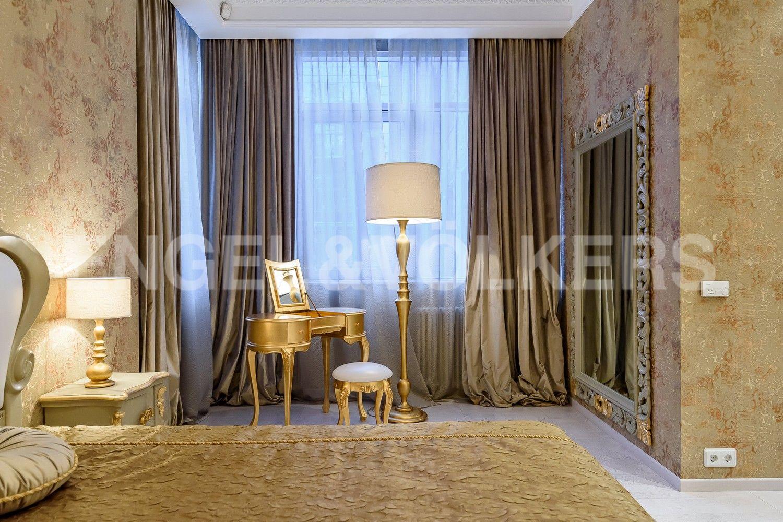 Элитные квартиры на . Санкт-Петербург, ул. Вязовая, 10. Мастер-спальня