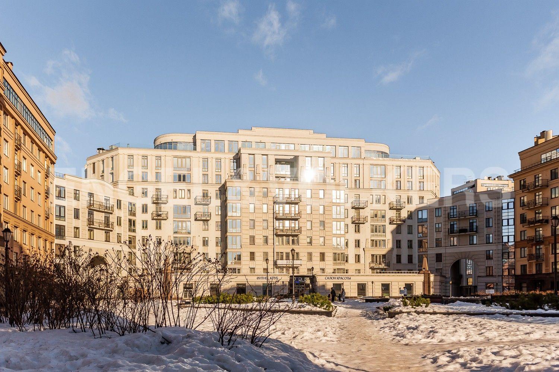 Элитные квартиры в Центральном районе. Санкт-Петербург, Парадная, 3, корп. 2. Территория комплекса