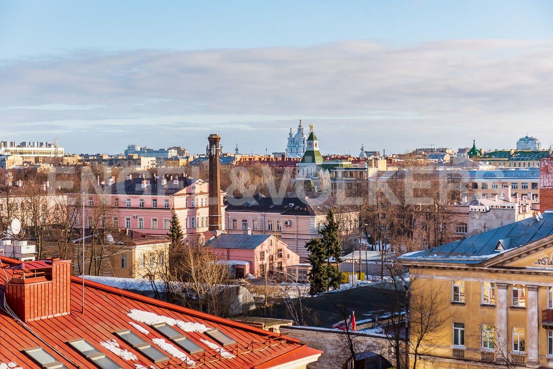 Элитные квартиры в Центральном районе. Санкт-Петербург, Парадная, 3, корп. 2. Вид в сторону ул.Парадной