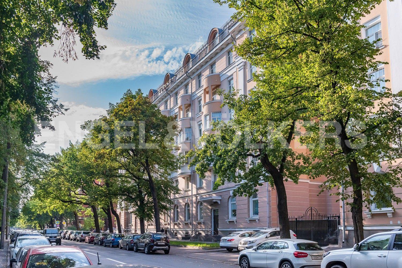 Фасад дома со стороны ул.Проф. Попова