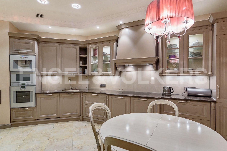 Элитные квартиры на . Санкт-Петербург, наб. Мартынова, 62. Кухня