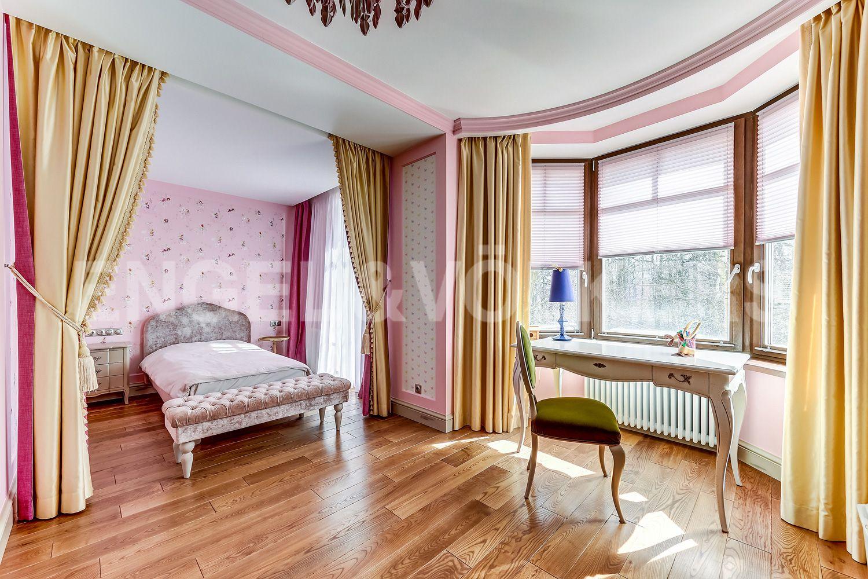 Элитные квартиры в Приморском районе. Санкт-Петербург, Главная улица, 31 корпус 1. - Детская комната (3 этаж)
