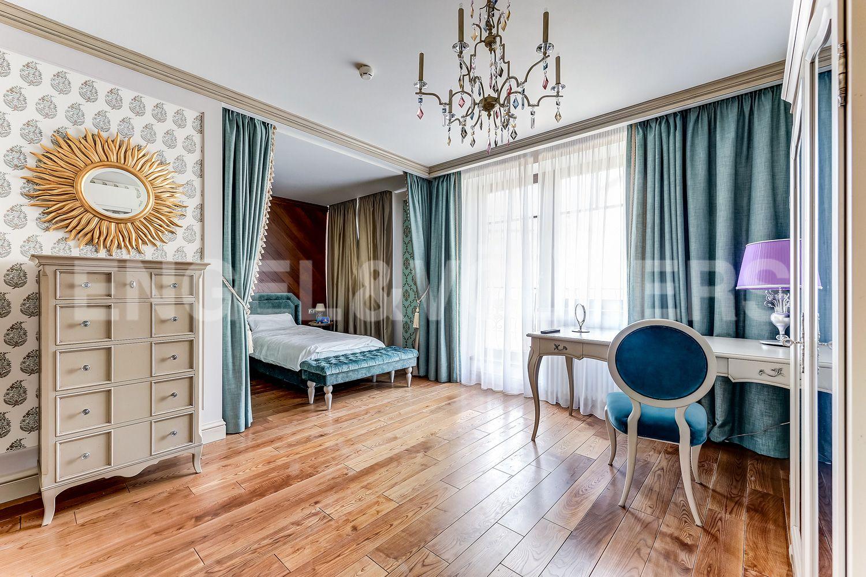 Элитные квартиры в Приморском районе. Санкт-Петербург, Главная улица, 31 корпус 1. - Детская спальня (3 этаж)