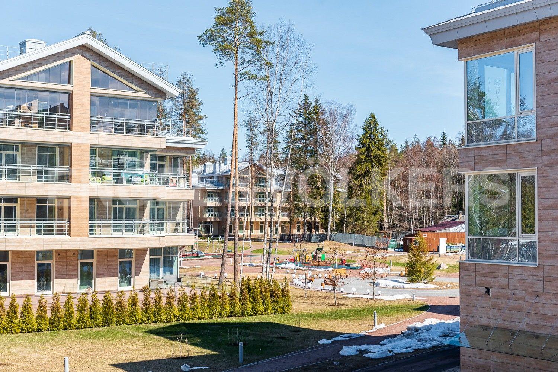 Элитные квартиры в Курортном районе. Санкт-Петербург, г. Зеленогорск, Приморское шоссе, дом 502А. Территория комплекса