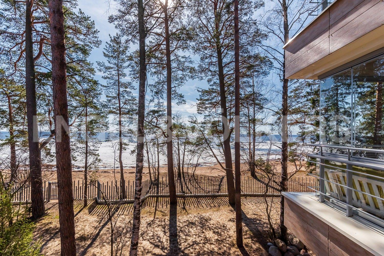 Элитные квартиры в Курортном районе. Санкт-Петербург, г. Зеленогорск, Приморское шоссе, дом 502А. Вид из окна