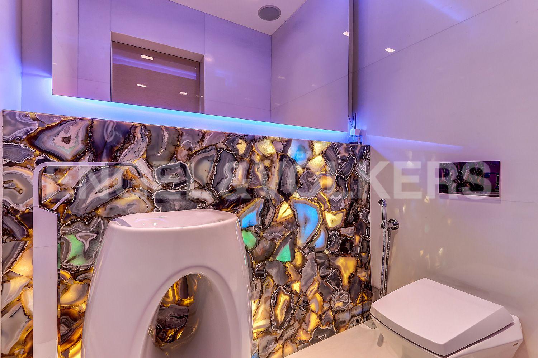 Элитные квартиры на . Санкт-Петербург, Константиновский, 23. 04_гостевой туалет