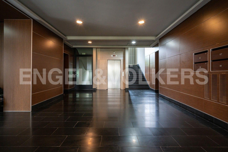 Элитные квартиры на . Санкт-Петербург, наб. Мартынова, 74. 25_Холл на 1 этаже