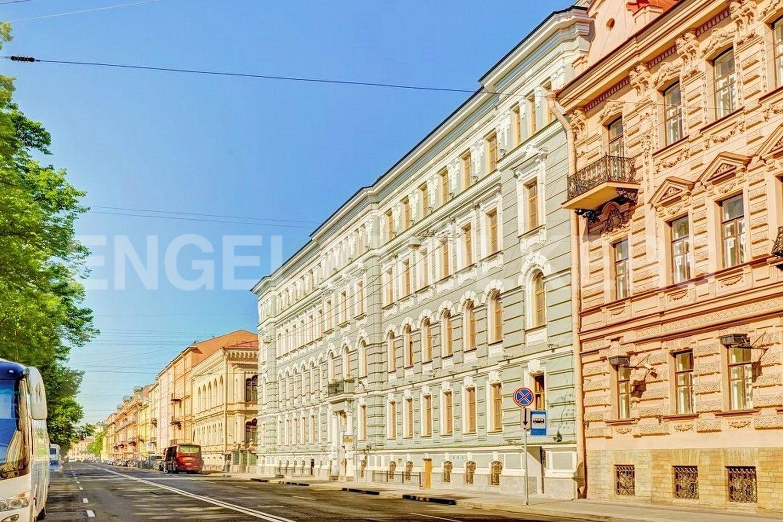 Элитные квартиры в Центральном районе. Санкт-Петербург, Конногвардейский бульвар, д.5. Элитный жилой дом Монферран