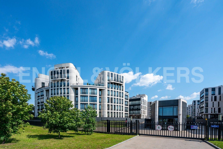 Элитные квартиры на . Санкт-Петербург, наб. Мартынова, 62. Фасад