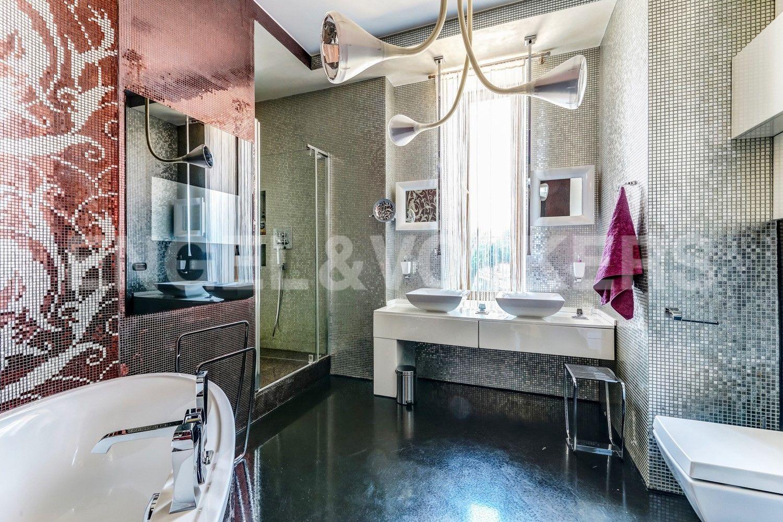 Элитные квартиры на . Санкт-Петербург, наб. Мартынова, 62. Ванная комната при Мастер-спальне