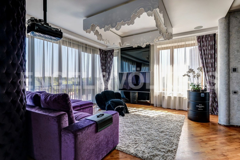 Элитные квартиры на . Санкт-Петербург, наб. Мартынова, 62. Зона отдыха в гостиной