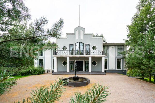 «Северная столица» – загородная резиденция в стиле Art Deco