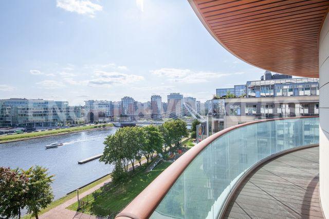 Вязовая, 8 – уникальная видовая квартира с террасами и прямым видом на воду в ЖК «Привилегия»